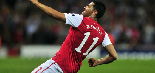 Andre-Santos-during-his-days-at-Arsenal-FC
