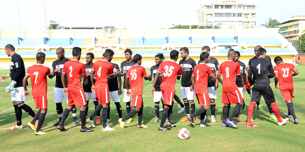 FC-Goa-and-Sesa-Football-Academy-players-before-the-game