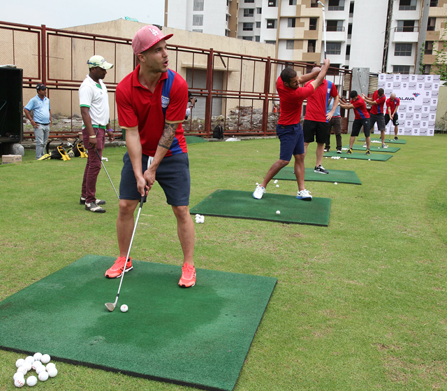 Mumbai-City-FC-players-spent-a-relaxed-day-at-Palava-with-a-round-of-Golf