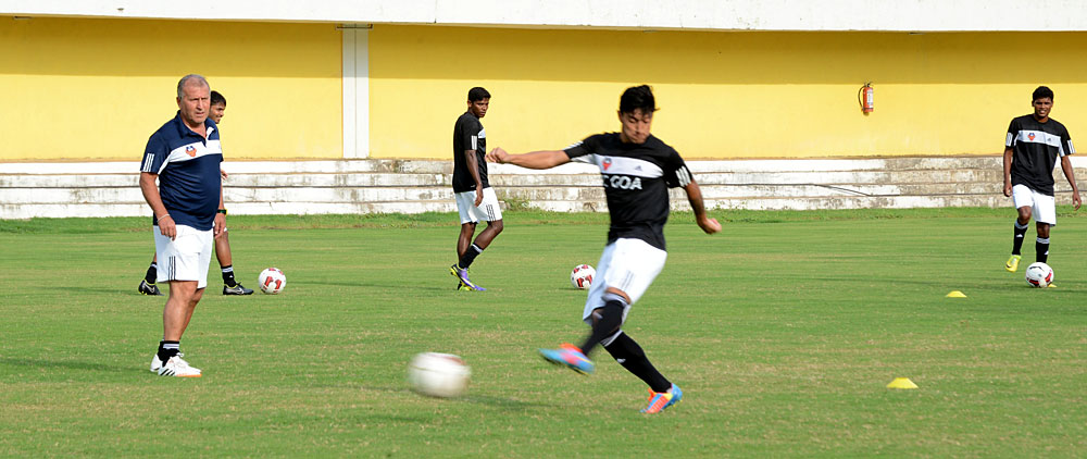 FC Goa Manager and Chief Coach, Zico in a training session at Tilak Maidan