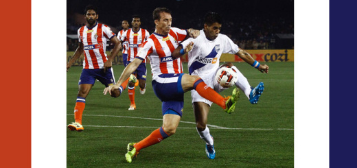 Syed Rahim Nabi in action against Atletico De Kolkata