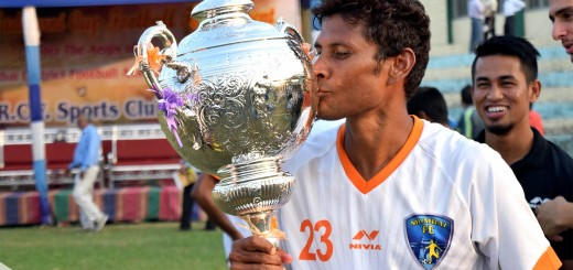 Mumbai FC's Steven Dias with 109th Nadkarni Cup