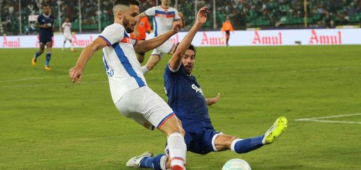Ferran Corominas Telechea of FC Goa is tackled by Henrique Sereno of Chennaiyin FC during match 3 of the Hero Indian Super League between Chennaiyin FC and FC Goa held at the Jawaharlal Nehru Stadium, Chennai India on the 19th November 2017 Photo by: Ron Gaunt / ISL / SPORTZPICS