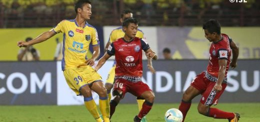 Methab Hossain controls the ball for Jamshedpur FC during match 7 of the Hero Indian Super League between Kerala Blasters FC and Jamshedpur FC held at the Jawaharlal Nehru Stadium,Kochi India on the 24th November 2017 Photo by: ISL