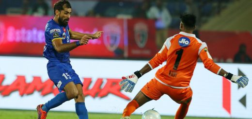 Balwant Singh of Mumbai City FC slots the ball past the keeper during match 28 of the Hero Indian Super League between NorthEast United FC and Mumbai City FC held at the Indira Gandhi Athletic Stadium, Guwahati India on the 20th December 2017 Photo by: Ron Gaunt / ISL / SPORTZPICS