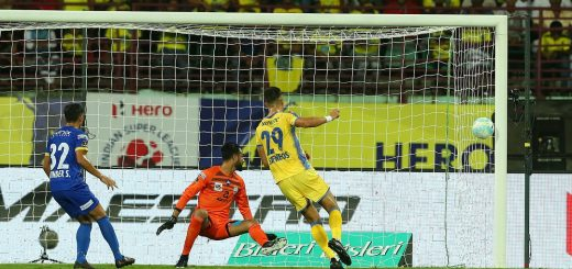 Mark Sifneos of Kerala Blasters FC scores for Kerala Blasters FC during match 16 of the Hero Indian Super League between Kerala Blasters FC and Mumbai City FC held at the Jawaharlal Nehru Stadium,Kochi, India on the 3rd December 2017 Photo by: Ron Gaunt / ISL / SPORTZPICS