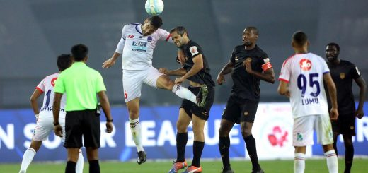 Gabriel Cichero of Delhi Dynamos FC and Adilson Goiano of Northeast United FC go up for header during match 14 of the Hero Indian Super League between Delhi Dynamos FC and NorthEast United FC held at the Jawaharlal Nehru Stadium, Delhi, India on the 2nd December 2017 Photo by: Arjun Singh / ISL / SPORTZPICS